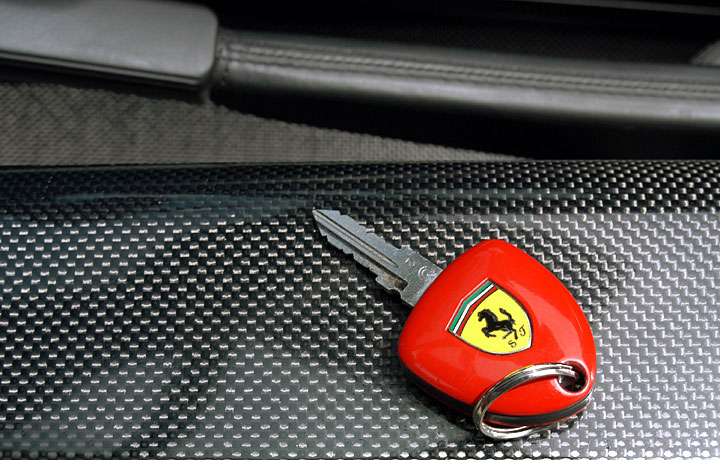 car-key-ferrari